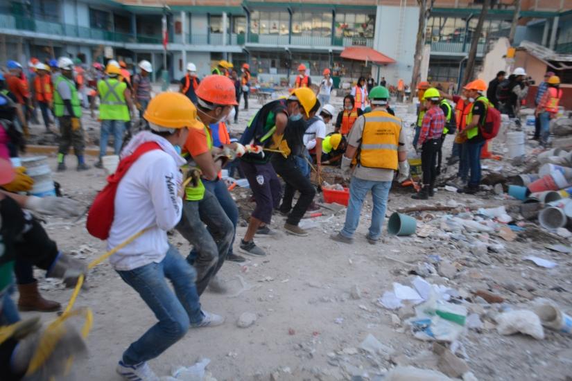 Chimalpopoca_y_Bolívar_-_Terremoto_de_Puebla_de_2017_-_Ciudad_de_México_-_12.jpg